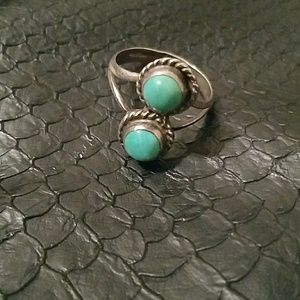 Vintage Navajo Jewelry 2-stone ring